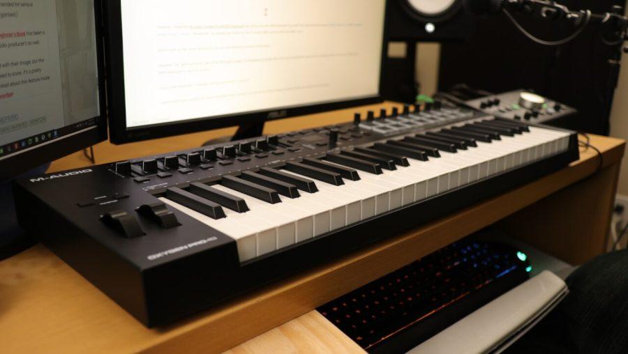 M-Audio Oxygen Pro 49 - LEFT SIDE